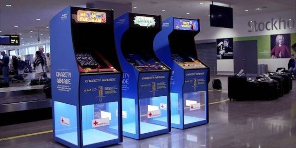 Cruz Vermelha utiliza arcades para arrecadar doações